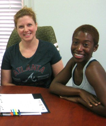 Young professionals that want a skill that will make them more marketable. La señorita Lisa is a personal trainer (right)